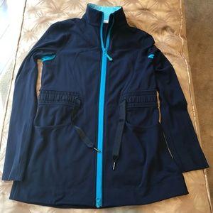 🦋Lululemon blue jacket with turquoise trim🦋